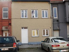 Nieuwbouwwoning met 3 slaapkamers en tuin op 280 m² in centrum Wakken. Ligging: Op wandelafstand van centrum Wakken, in nabijheid van openbaar ve
