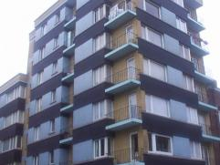 Bel appartement situé au 5ième étage composé de hall, living balcon , cuisine équipée balcon, sdb, 2 chambre