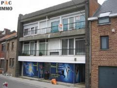 Appartement 2ème étage en bon état de 70 m² (dans bâtiment de 4 apparts), 2 chambres avec 1 garage et 2 terrasses (6m&