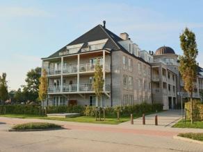 """Nieuwbouw appartement met twee slaapkamers gelegen in Residentie """" Augustijnenpark """" te Herentals. Omvattende; Ruime inkomhal, ingerichte open keuken,"""