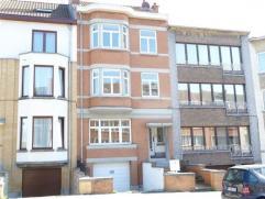 Laeken, quartier Tour Japonaise, dans petit immeuble avec peu de charges, très bel appartement rez-de-chaussée de 65m² compos&eacut