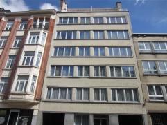 Schaerbeek, à deux pas de la place Jamblinne de Meux et des Institutions européennes, au 1er étage d'un petit immeuble, agr&eacut