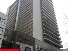 Au centre de BRUXELLES, à proximité de la place Rogier et des transports en commun, au 3ème étage sur 23 d'un immeuble con
