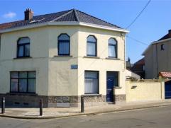 BRAINE-LE-COMTE, VIAGER occupé (Mr 76 ans - Mme 67 ans), agréable maison très bien entretenue et joliment aménagée