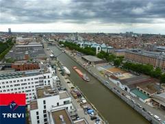 BRUXELLES, (18E) au 18ème étage de la toute nouvelle et prestigieuse tour UPSITE alliant luxe, modernité et sécurit&eacute