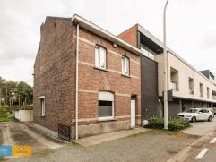 Deze charmante woning ligt op op een boogscheut van Genk en natuurpark Hoge Kempen met domein Hengelhoef. Ideaal voor diegene die van het natuur wilt