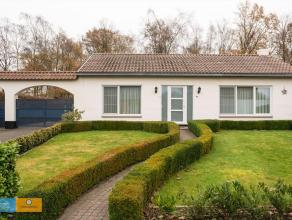 Instapklare woning met fraai aangelegde tuin            In een mooie woonwijk te Houthalen-Helchteren in de Rozenstraat is deze prachtige gelijkvloers