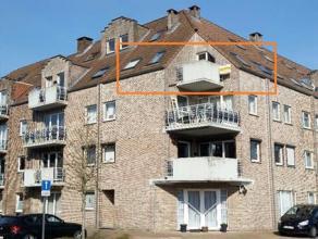 Instapklaar appartement kortbij het natuurgebied Hengelhoef gelegen. Het appartement bestaat uit een ruime woonkamer (25 m²) en een aparte keuken