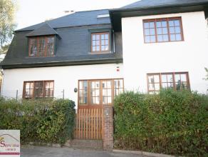 Entre la rue Brunard et la rue Bosveldweg,belle maison unifamiliale +/- 300m² comprenant:.Au sous-sol :3 pièces,+ rangement,au rez: Spacie