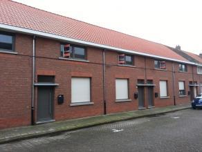 Zeer ruime, ernergiezuinige en volledig gerenoveerde 2 slaapkamer woning op een rustige locatie nabij het centrum van Turnhout. U betreedt de woning