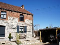 - OPTION - Charmante maison en pierres située au calme dans un environnement campagnard. Proche de nombreuses balades, de la vallée mosa