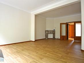 KOEKELBERG - REF : 2525478 - Superbe appartement 2 chambres TOTALEMENT REMIS  NEUF! Cet appartement se compose: d'un hall d'entrée, d'une cuisi