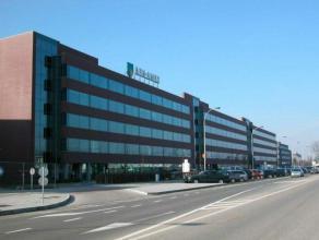 Modern kantorencomplex met flexibele oppervlaktes.