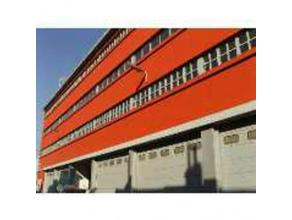 Loftkantoren beschikbaar. Pand met grote diversiteit, wonen/werken, kantoor + atelier.