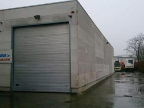 Magazijn te huur van 600m² te Londerzeel met sectionale poort.