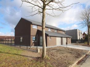2 leuke rustig gelegen nieuwbouwwoningen te Wetteren 2 woningen beschikbaar ! Vlakbij invalswegen en het centrum van Wetteren !Deze eigendommen kenmer
