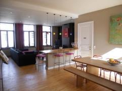 VERVIERS / Heusy : Magnifique duplex 3 chambres à coucher en parfait état idéalement situé dans un quartier calme, proche
