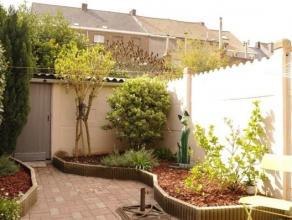 Charmant huisje , rustig gelegen in een doodlopende straat met tuin en 3 slaapkamers. Instapklaar!