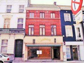 Handelspand + restaurant + appartement in 1 opbrengsteigendom met topligging dichtbij station! Indeling: aparte ingang restaurant, appartement, handel