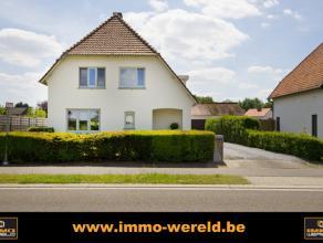 Knappe woning met prachtig uitzicht. (120 m&sup2 bewoonbare oppervlakte)Op zoek naar een instapklare en afgewerkte gezinswoning met een prachtig u