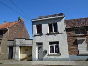 JEMAPPES - REF:3735A proximité des facilités (commerces, bus,...), maison avec alarme comprenant living de 30m2, cuisine équip&ea