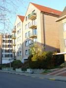 Ligging: Gelegen op de vierde verdieping, rustig gelegen,  goede verbinding naar autostrade, beperkte afstand tot Leuven centrumIndeling: Living, inge