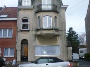 Appartement de 75m² avec 2 chambres, pour maximum 2 personnes. PEB: 429 kWh/m² Co² 92