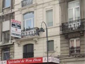 Rue Marché aux Poulets, 5 - 1000 Bruxelles.Situé en plein centre ville, à deux pas de la place de la bourse, et du boulevard ansp