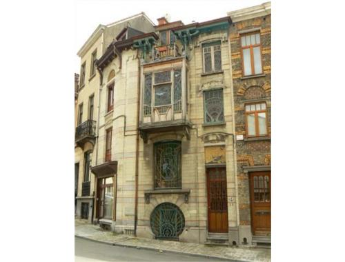 Maison vendre schaerbeek dawky for Adresse maison communale schaerbeek