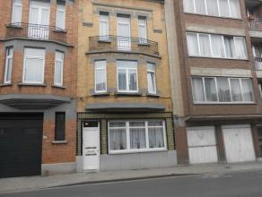 BERCHEM-SAINTE-AGATHE (réf. 8278) rue de Ganshoren, au 3ème étage d'un petit immeuble avec peu de charges, charmant appartement u