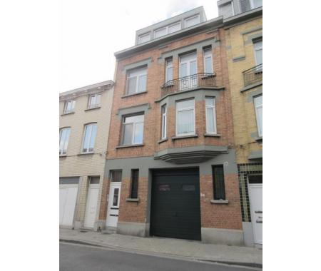Appartement te huur in sint agatha berchem 680 dhq39 for Century 21 miroir jette