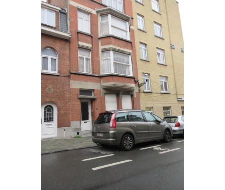 Appartement louer jette 680 duh8k for Century 21 miroir jette
