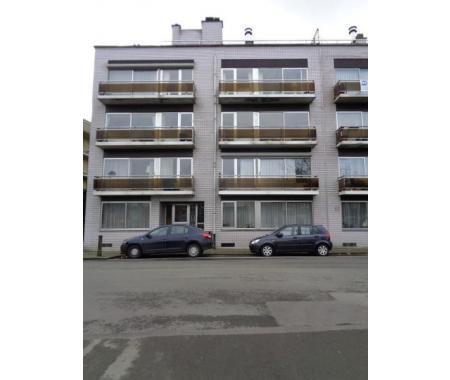 Appartement louer jette 810 e72qm for Century 21 miroir jette