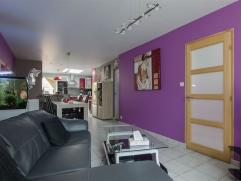 Maison à LOUER à Herseaux à proximité de toutes commodités + gare, rénovée en 2011. Composition : hal