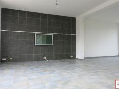 BERCHEM STE AGATHE - Proximité Place Schweitzer, accès direct aux transports et commerces - Duplex 3 chambres 140 m² habitables - c