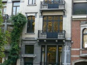 Koekelberg - Situé dans l'une des plus belles avenues de Koekelberg, avec vue directe sur la Basilique, magnifique appartement 1 chambre de 75m