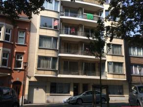 KOEKELBERG, Quartier Basilique, à proximité de toutes les facilités de commerce et de transports, bel appartement de 2 chmabres,