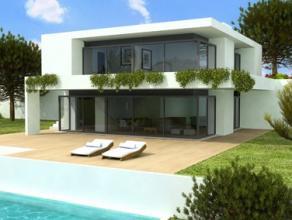 In samenspraak met onze huisarchitect bouwen wij voor u op dit prachtige perceel de villa van uw dromen.De straatbreedte van 30 m, de oppervlakte van