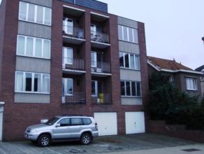 Mooi gerenoveerd 2 slaapkamer-appartement. 91 m2.Kort bij Heverlee centrum, 500 meter van station en 1 km van campus KUL Heverlee.Inkomhal