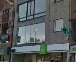 Description LocationCommercial ground floor located Antwerpsestraat in Mortsel, at walking distance from the Statielei. Neighbouring retailersZeeman,
