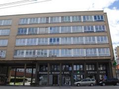 INFOS ET VISITES AU 081/61.68.90 - Faire offre àpd 87.000euro - Au 3ème étage d?une résidence calme avec ascenseur, d&eacu