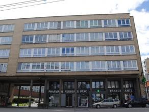 INFOS ET VISITES AU 081/61.68.90 - Faire offre àpd 79.000euro - Au 3ème étage d?une résidence calme avec ascenseur, d&eacu