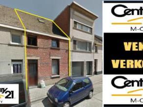 FAIRE OFFRE A PARTIR DE 147.000 € !!!! Dans un quartier résidentiel, proche de toutes les commodités, maison unfamiliale entièrem