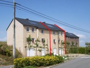 Centre du village, maison récente comprenant séjour, cuisine US full équip, 3 ch, sdb avec douche balnéo, garage, buanderi