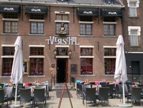 Over te nemen: Brasserie / Café / Ambiance- en danscafé Ligging: topligging in Hoogstraten (B) langs een zeer drukke baan, in het centru