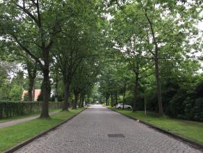 Bouwgrond van ca 1895 m² op toplocatie in Vriesdonk voor open bebouwing (villa) met toegelaten bebouwde oppervlakte van 250 m². Perceel word