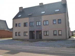 Zeer ruim gelijkvloers appartement met 3 slaapkamers, zuidgericht terras en aparte garage! Algemeen: Dit prachtig appartement ligt op wandelafstand va
