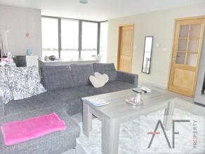 Magnifique appartement 2 chambre situé à Koekelberg , il se compose d'un living spacieux avec un balcon , une cuisine sépar&eacut