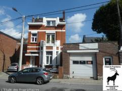 Excellente maison avec un grand garage ( Hangar - entrepôt ) et un appartement actuellement loué à 450 euro(s)/mois...