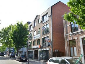 GOED GELEGEN, MODERN APPARTEMENT MET PARKING TE HASSELT <br /> <br /> Net buiten de stadskern van Hasselt, treffen we dit mooie, moderne appartement